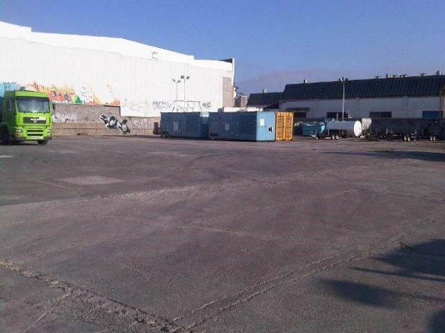 Terreno Industrial en Alquiler en Cornella De Llobregat